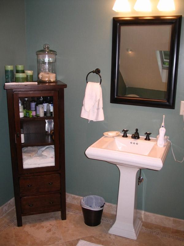 Bathrooms16